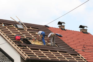 picture of a roofer near me