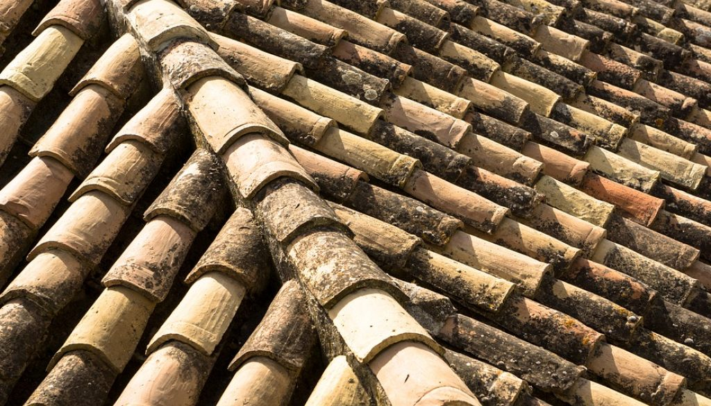 clay-roof-2533393_960_720
